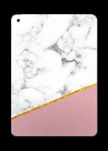 Marmor, pudderrosa og gull Skin IPad 2017