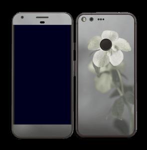 Flowery Blues Skin Pixel XL
