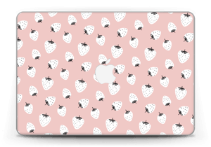 "Strawberries Skin MacBook Pro Retina 13"" 2015"