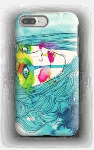 Kvinna i blått skal IPhone 7 Plus tough