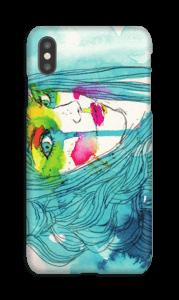 Kvinna i blått skal IPhone XS Max