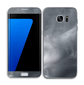 Dunkle Wolken über Schweden Skin Galaxy S7 Edge