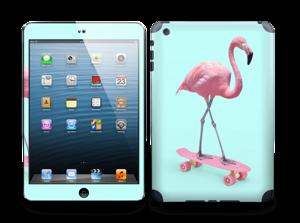 Flamingo på rullebrett Skin IPad mini 2