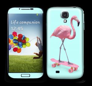 Flamingo on a skateboard Skin Galaxy S4