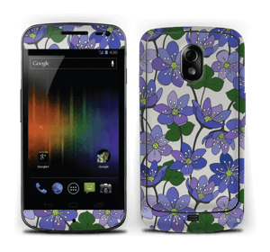 Fleurs violettes Skin Nexus