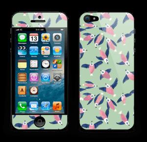 Birds in pink Skin IPhone 5