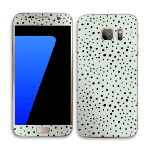 Black dots on green Skin Galaxy S7