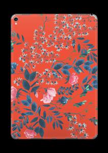 Blommor på rött Skin IPad Pro 10.5