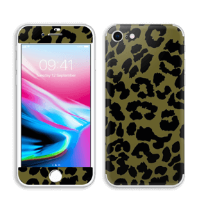 The green leopard skin IPhone 8
